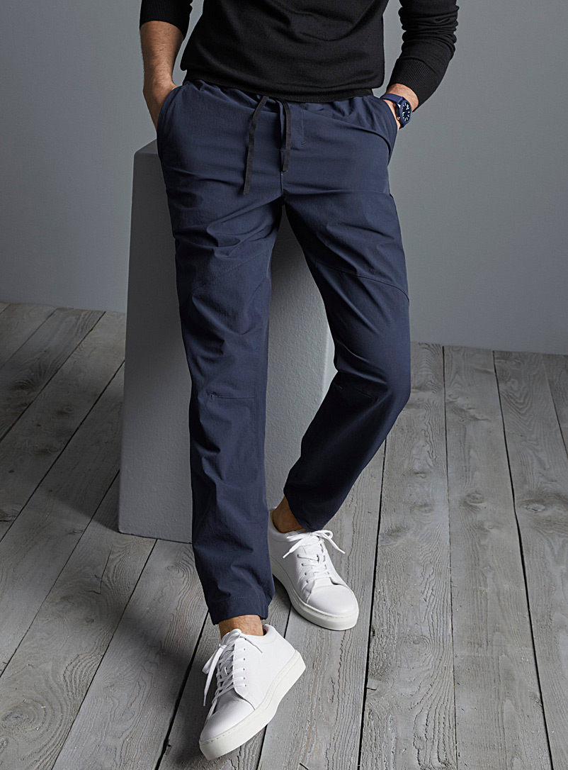 Le 31 Marine Blue Ergonomic canvas joggers for men