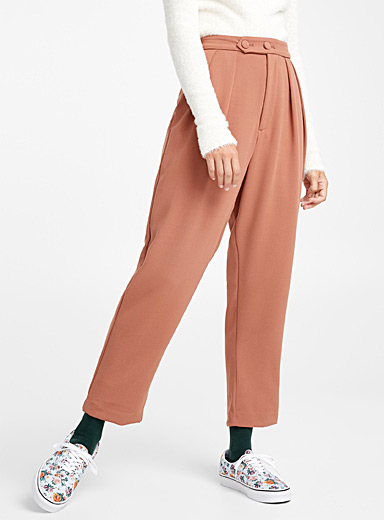 Retro-button pleated pant