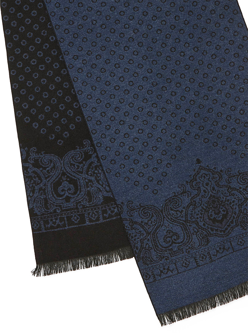 Disc and paisley scarf