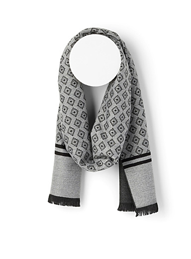 Le 31 Patterned Grey Medallion scarf for men