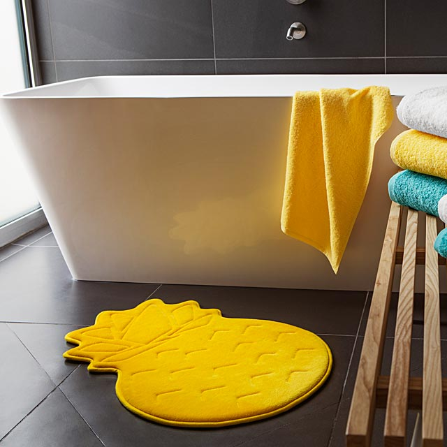 pineapple-memory-foam-bath-mat-47-x-70-cm
