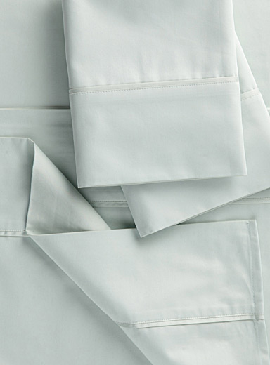 Pima cotton sheet set, 450 thread count  Fits mattresses up to 15 in.