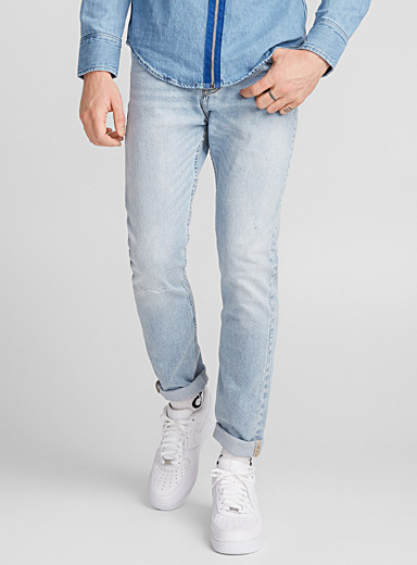 Distressed bleached jean  Skinny fit