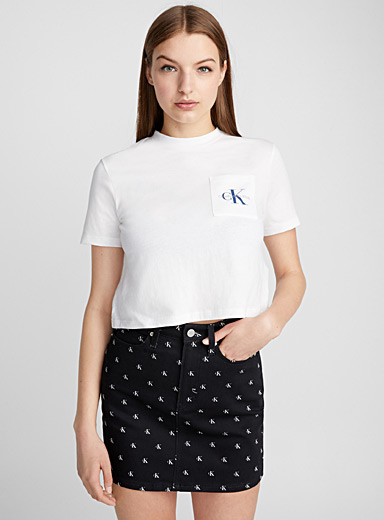 Cropped logo pocket tee