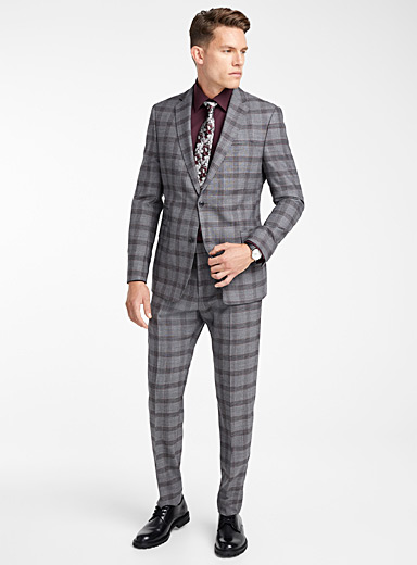 Burgundy plaid suit  Semi-slim fit