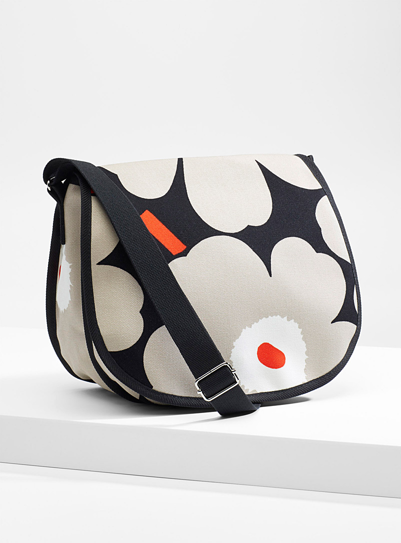 salli-pieni-unikko-shoulder-bag