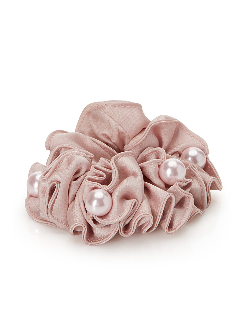 pearly-scrunchie