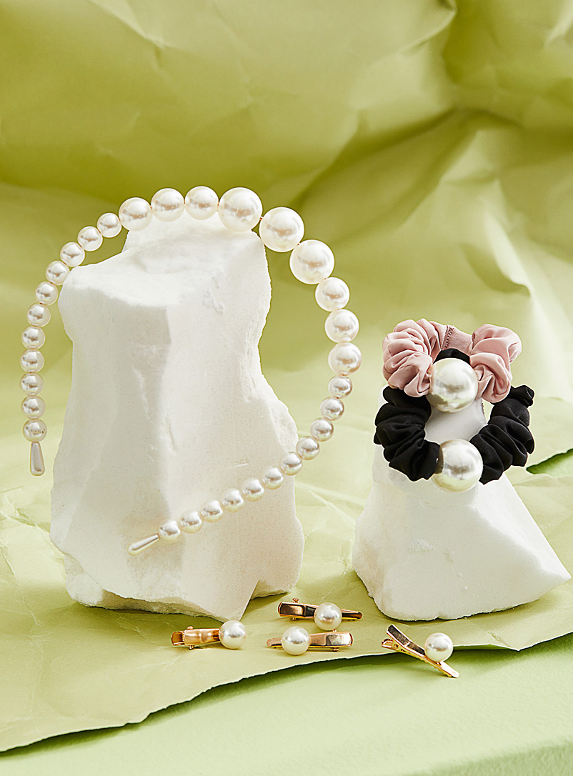 Simons Ivory White Elegant pearl headband for women
