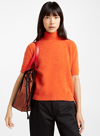 Nectarine sweater