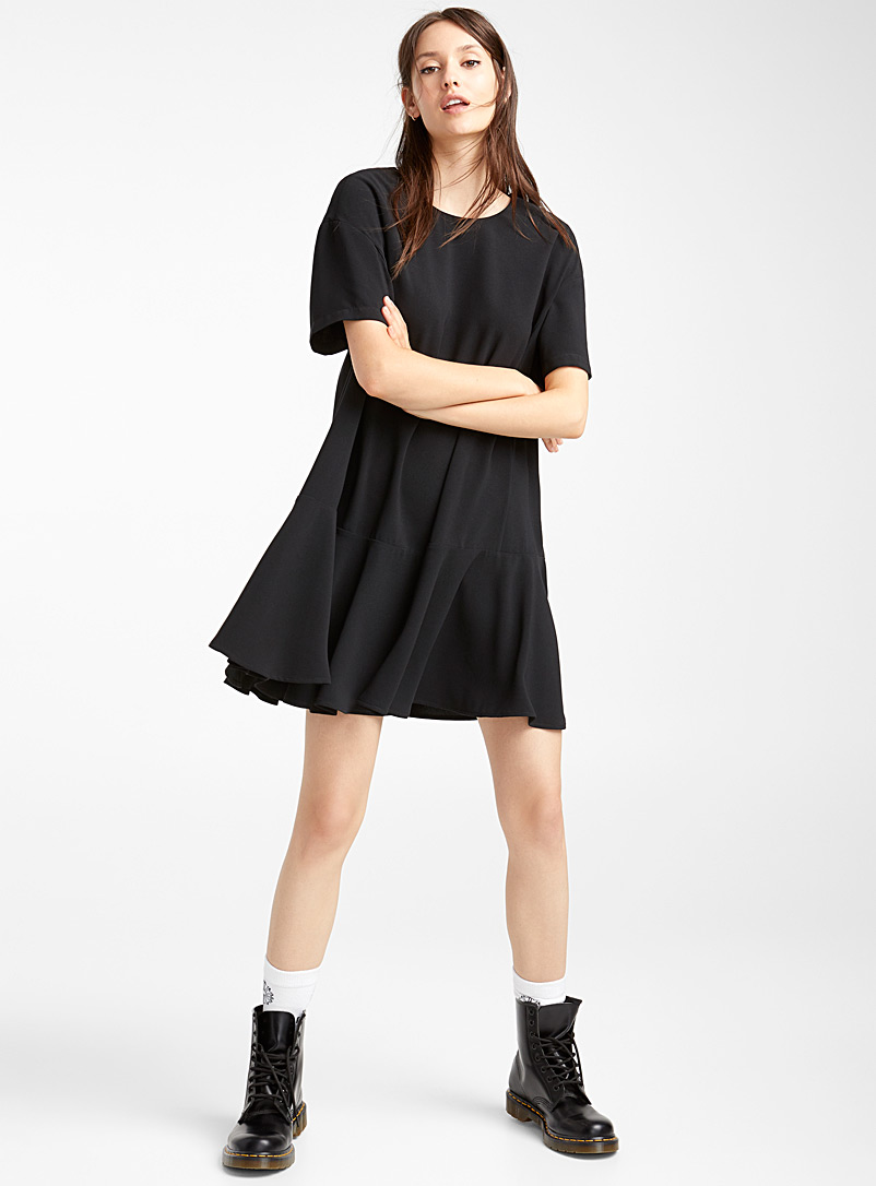 ruffle-trim-crepe-dress