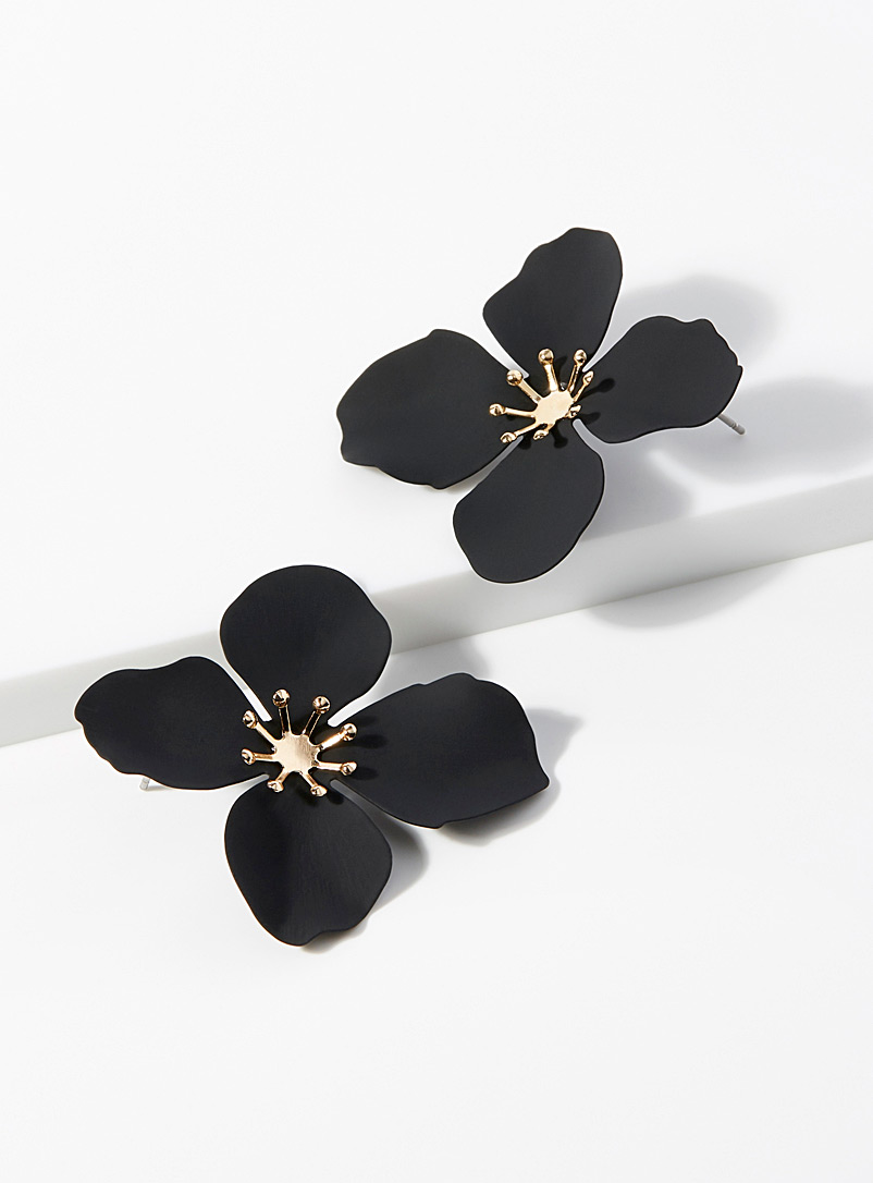 Simons Black Blooming flower earrings for women