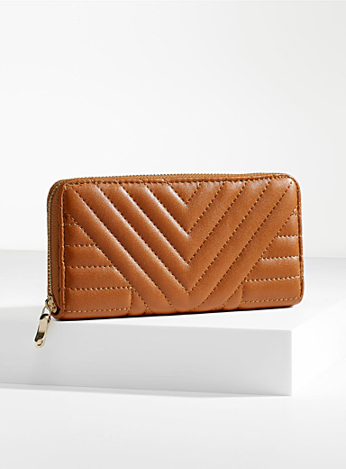 Herringbone quilted wallet