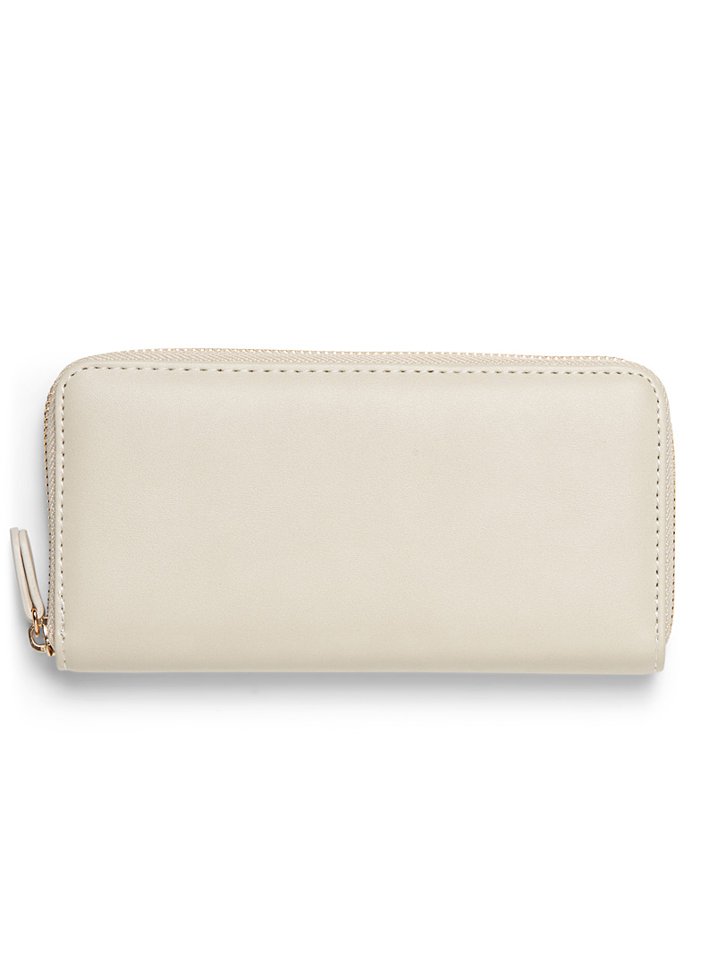 smooth-faux-leather-wallet