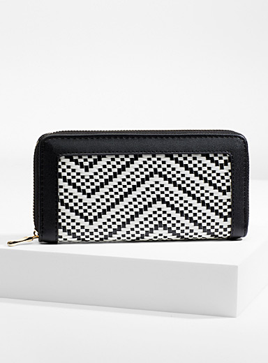 Two-tone braided wallet