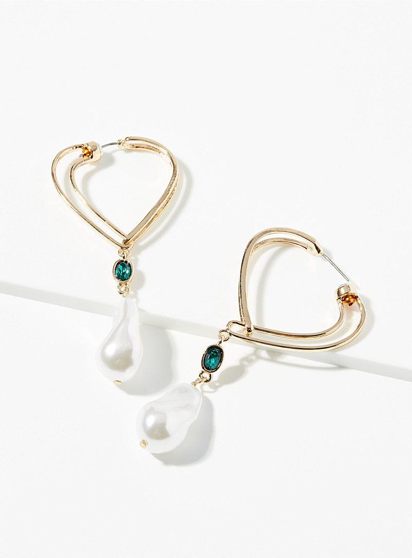 Simons Assorted Faux pearl and emerald earrings for women
