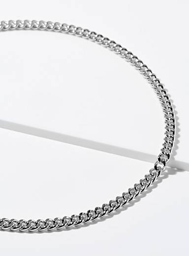 Curb-link chain necklace