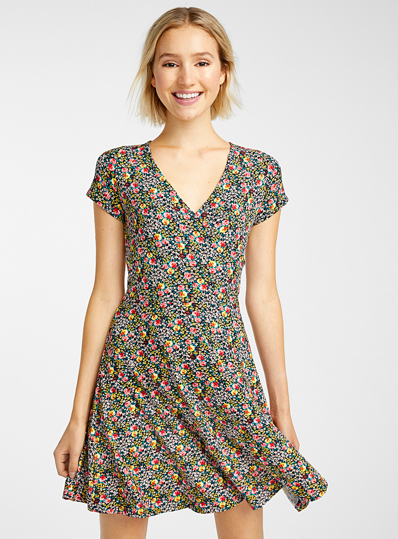 boucle-ribbon-crossover-dress