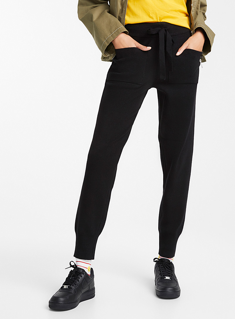 Ultra fluffy urban jogger pant - Joggers - Black