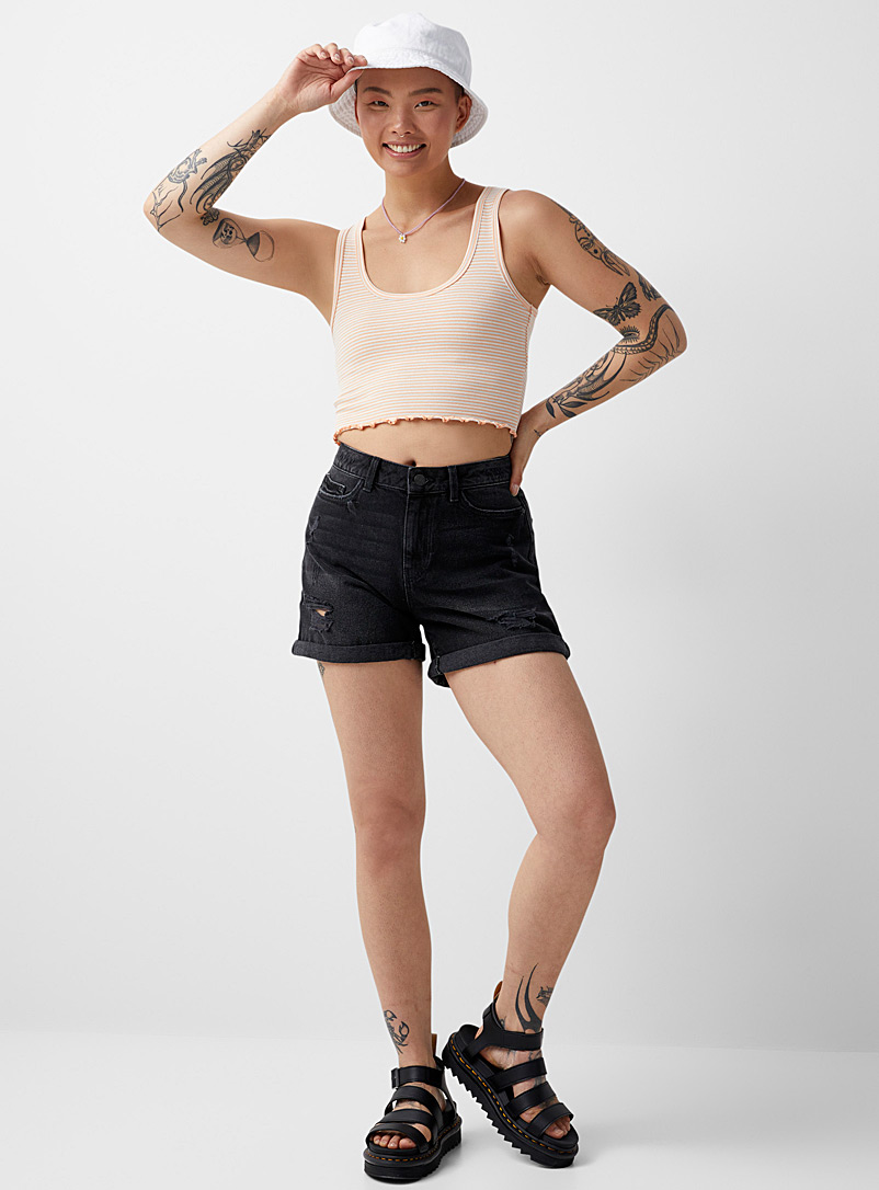 Noisy May Black Distressed mom jean short for women