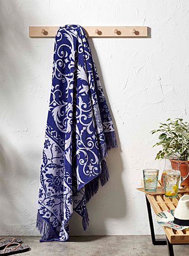 Arabesque beach towel  100 x 180 cm