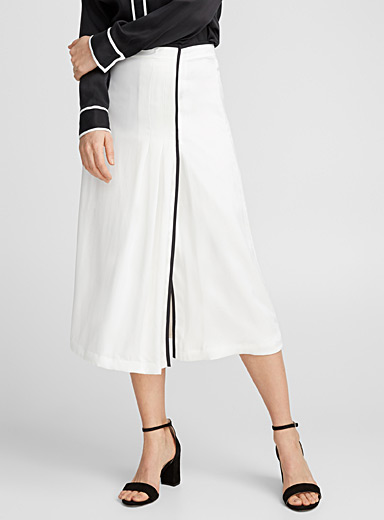 Contrast-trim skirt