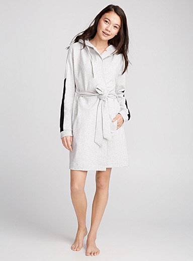 Block stripe robe