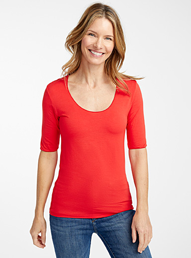 Majestic Filatures Red Ultra soft slim-fit tee for women