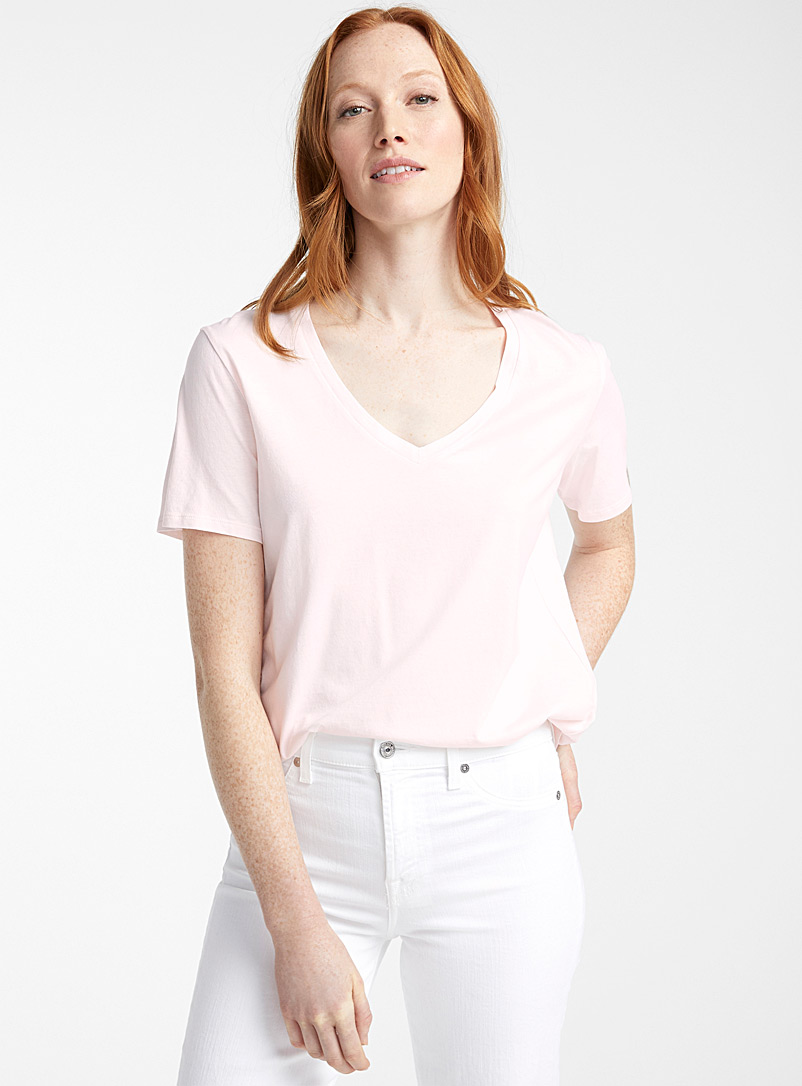 Majestic Filatures White V-neck silky cotton tee for women