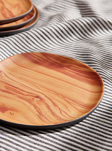 Plates with wood-like interior Set of 4