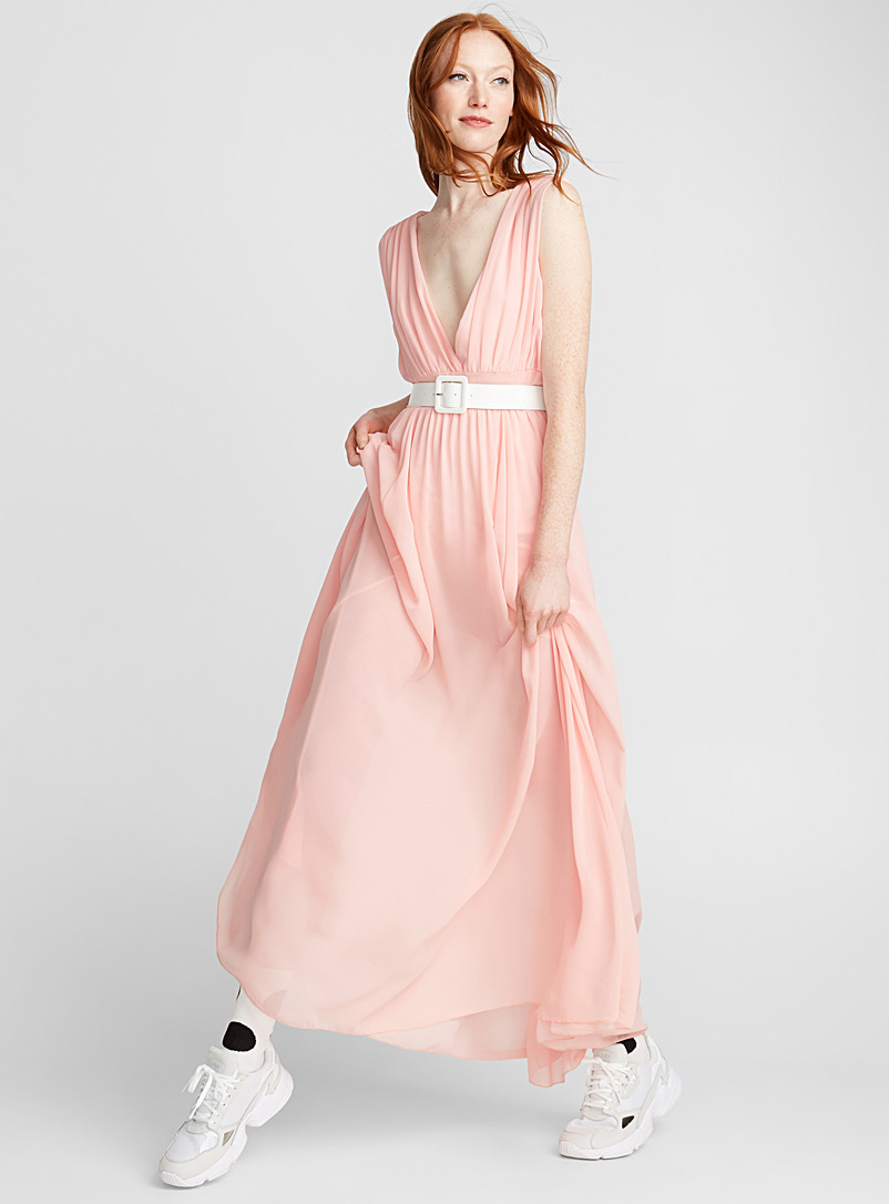 plunging-v-neck-chiffon-maxi-dress