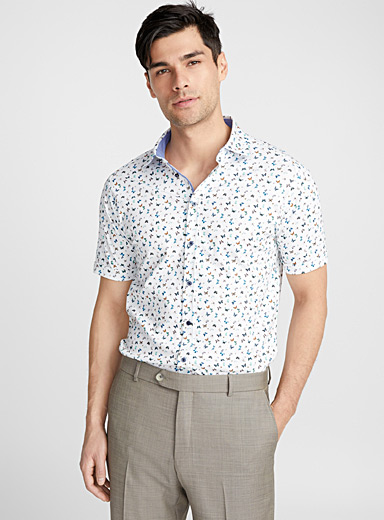 Summer butterfly shirt <br>Semi-tailored fit