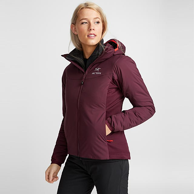 atom-lt-hooded-jacket-fitted-style