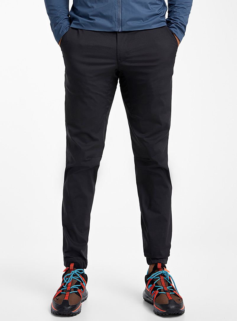 Arc'teryx Black Starke pant for men