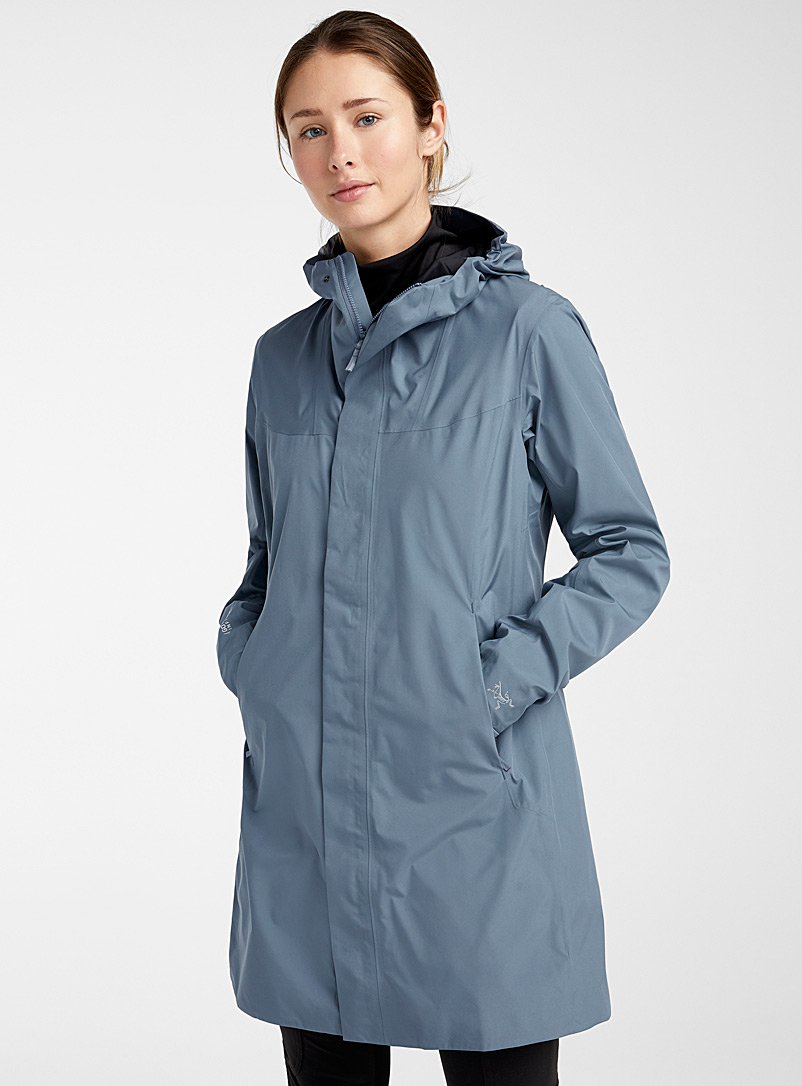 Arc'teryx Slate Blue Solano breathable raincoat  Long fit for women