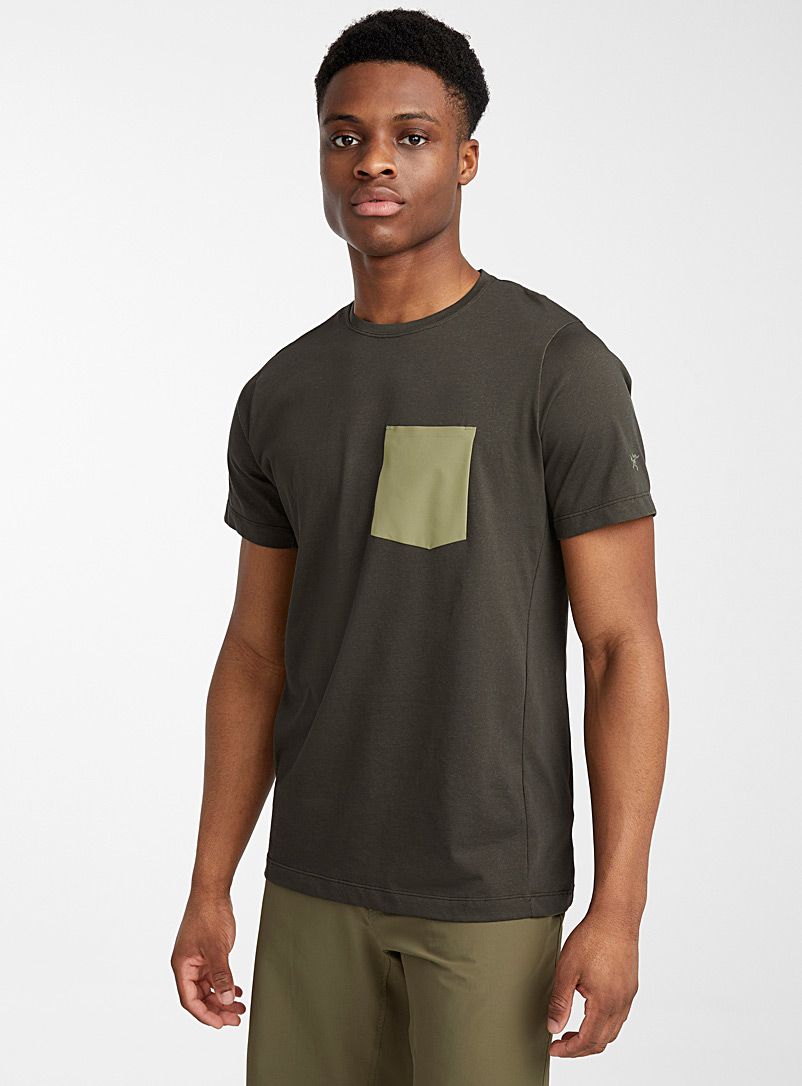 Arc'teryx Khaki Woven pocket stretch T-shirt for men