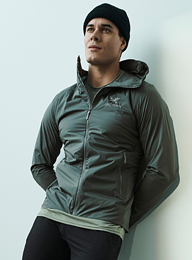 Atom SL hooded jacket Fitted style