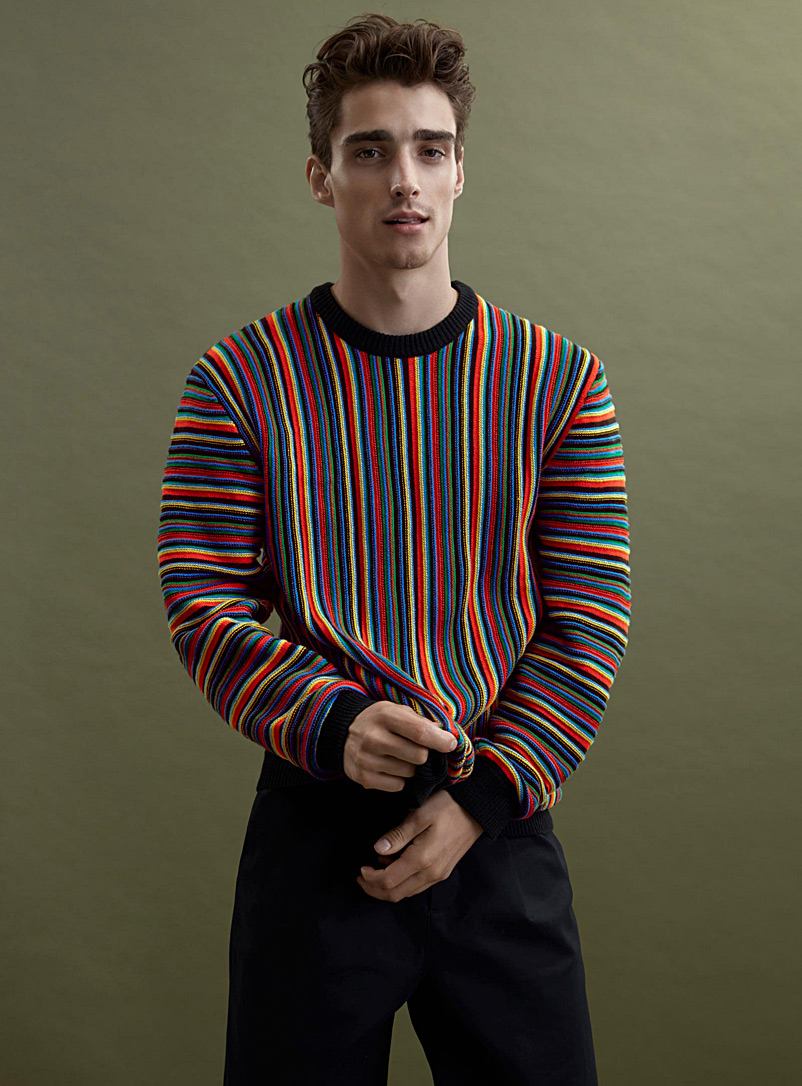 le-pull-rayures-cotelees-multicolores