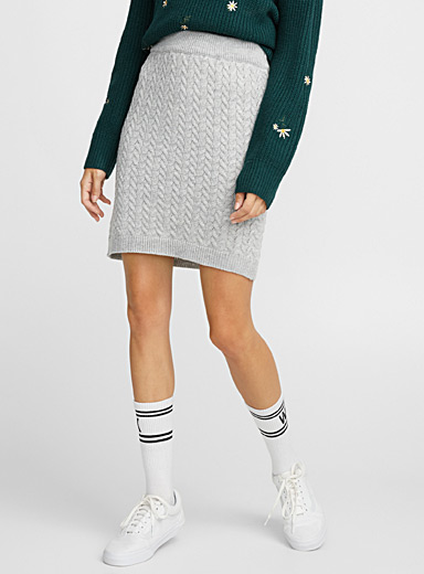 Braided cable-knit miniskirt