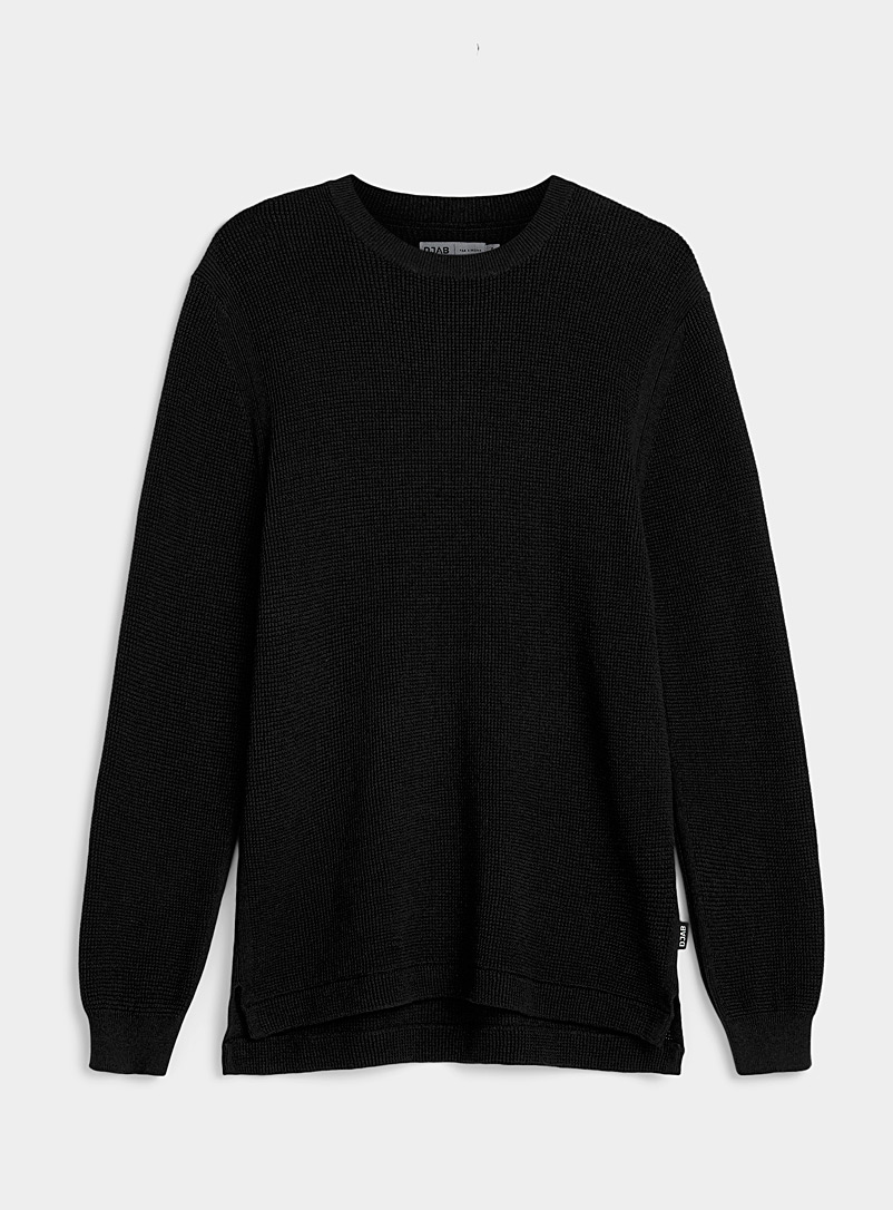 Djab Black Longline organic cotton waffled sweater for men