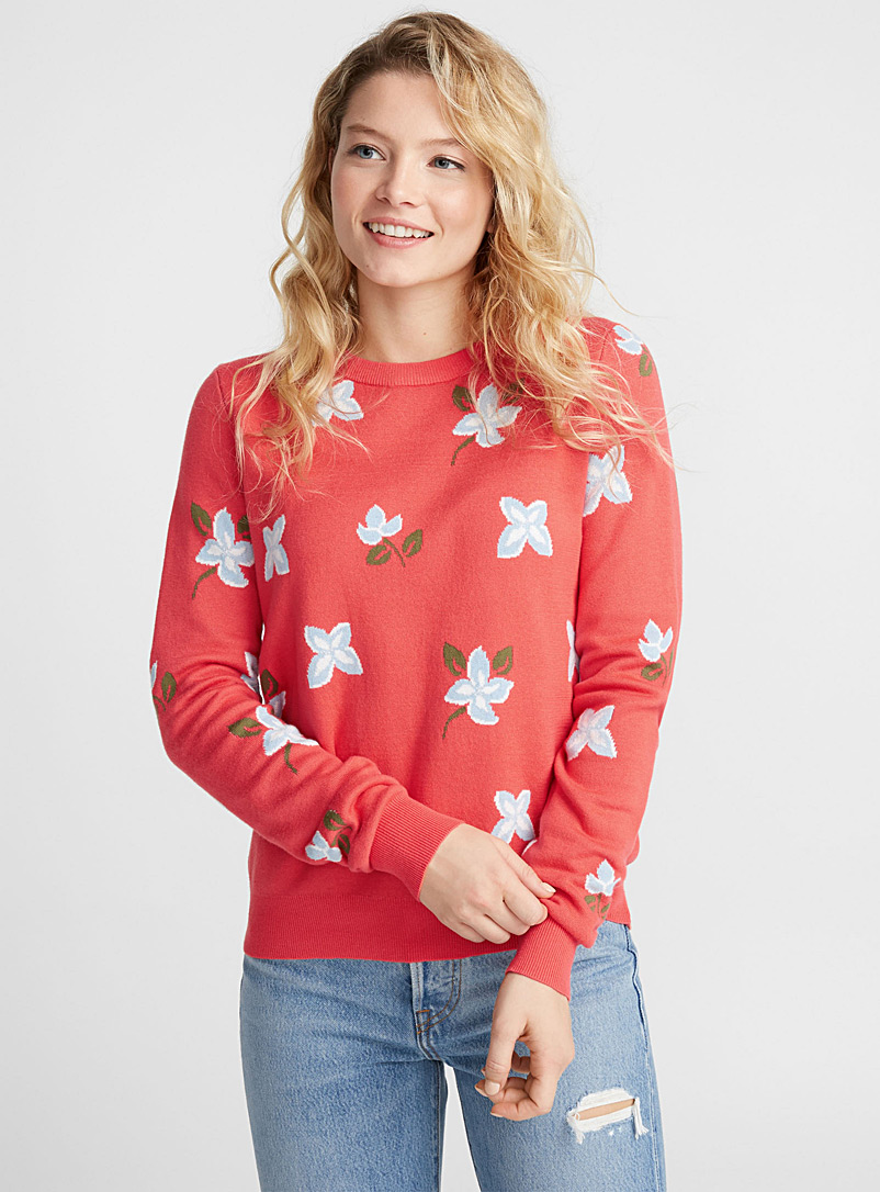 floral-carpet-sweater