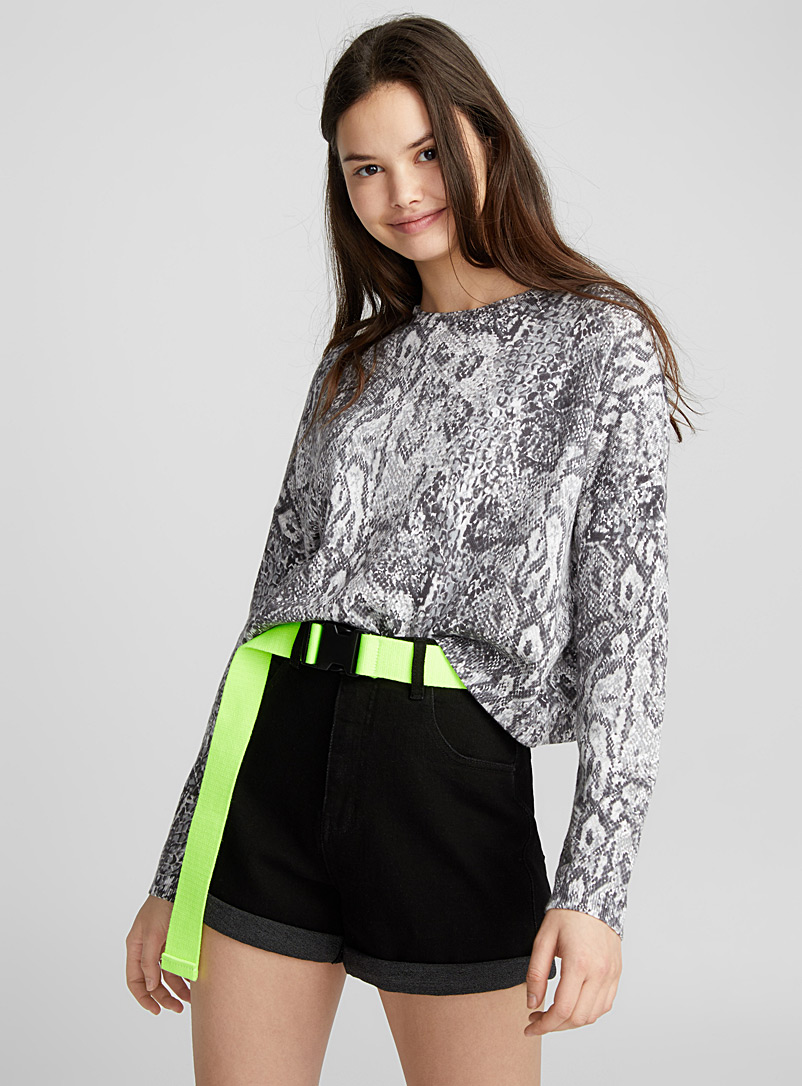 animal-cropped-sweater