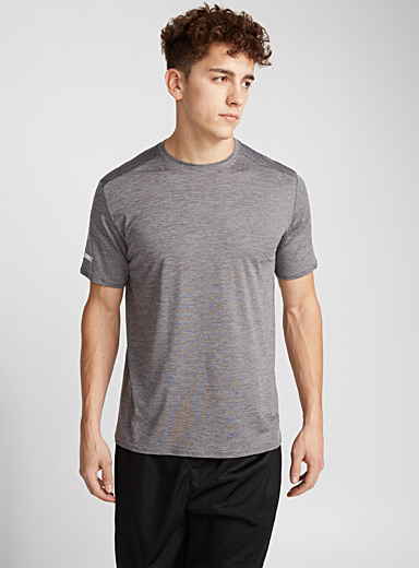 Essential workout tee