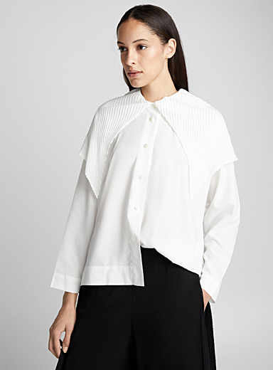 Pleated point-collar blouse