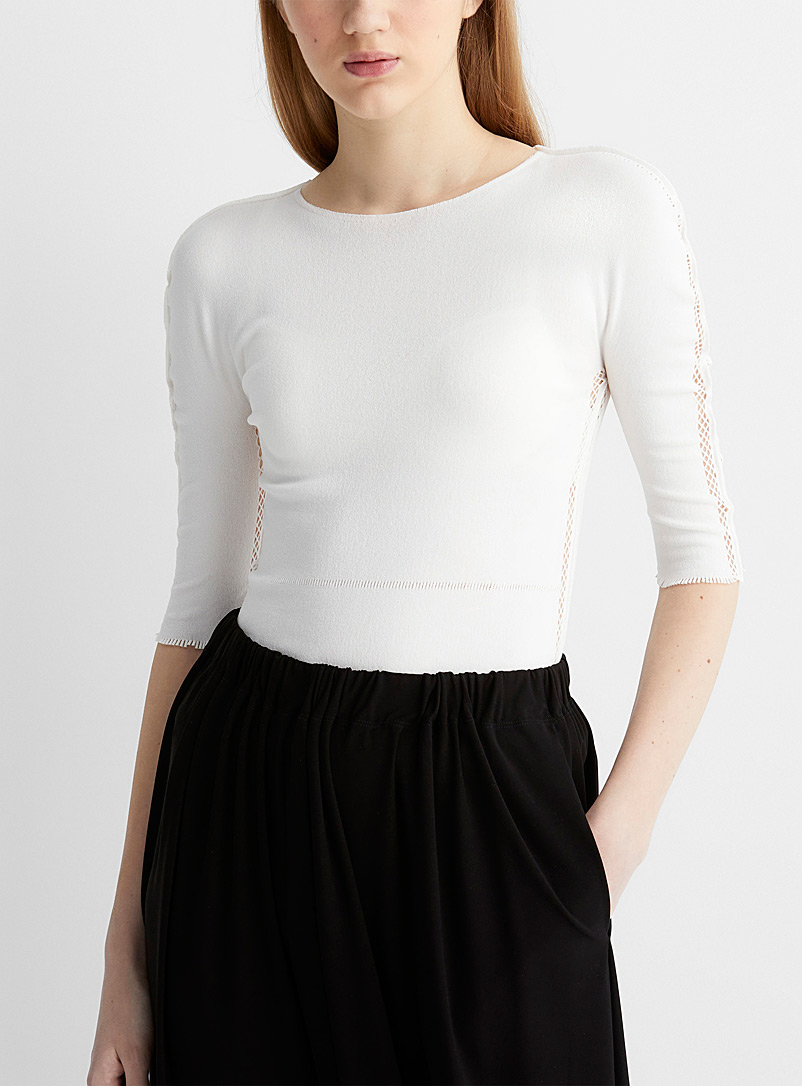 Issey Miyake White Openwork mesh knit T-shirt for women