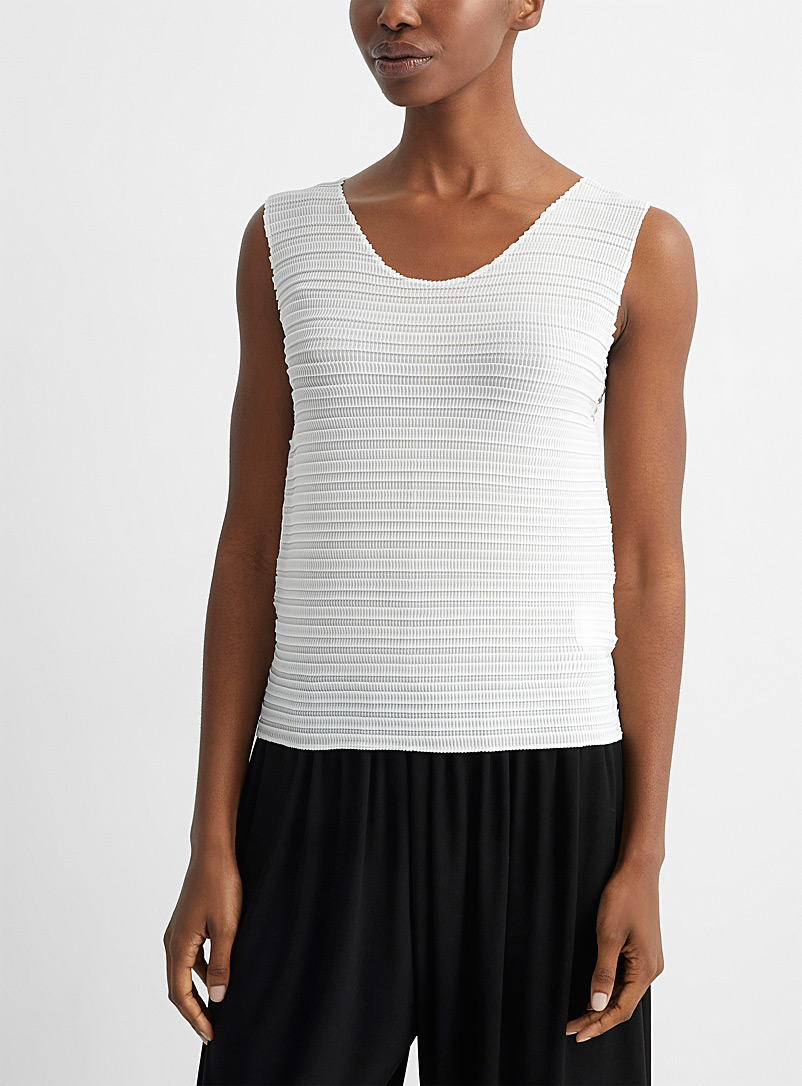 Issey Miyake White Jiggly Pleats cami for women