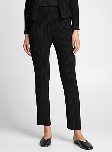 Le pantalon noir Cosmic Pleats