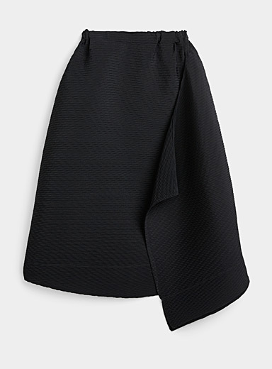 Issey Miyake Black Colourful Bits Pleats solid skirt for women