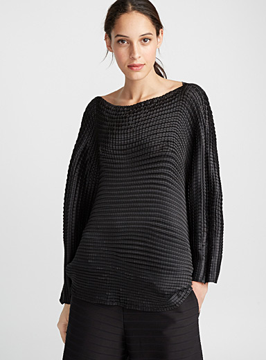 Grid Pleats top