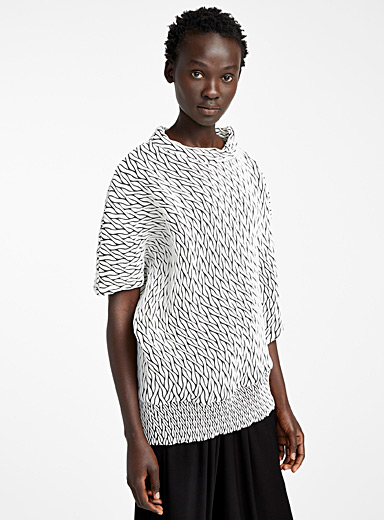 Issey Miyake White Billow Stretch top for women