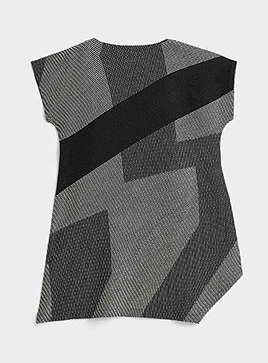 Issey Miyake Black Abstract accordion-pleat dress for women